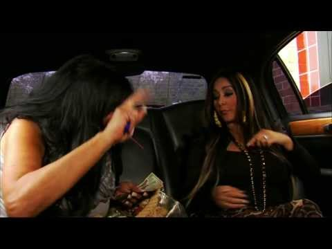 Big Ang Meets Snooki + Getting Fries + VH1