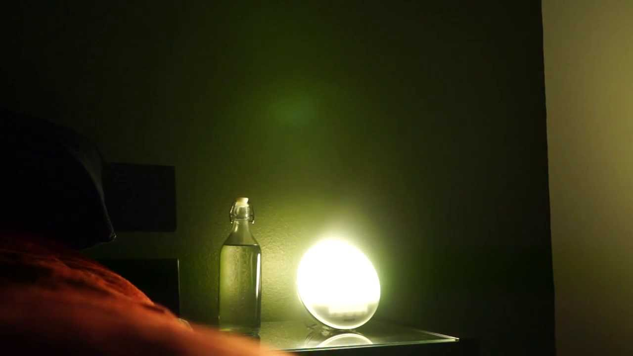 philips wake up led light hf3520 youtube. Black Bedroom Furniture Sets. Home Design Ideas