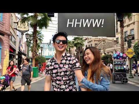 HOLDING HANDS WHILE WALKING (Universal Studios Singapore With Teejay Marquez)