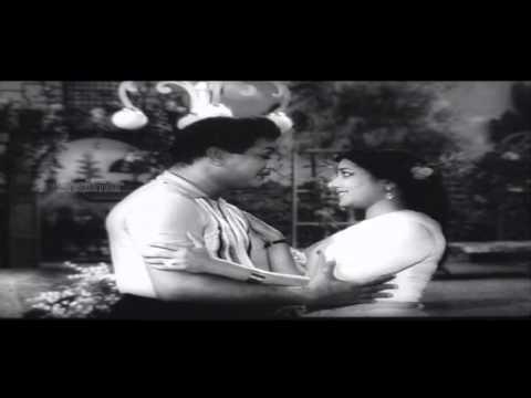 CID Movie (1965)   Naa Manasu Nee Video Song