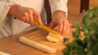 Видео рецепт о том, как  красиво и тонко нарезать сыр(, 2015-09-24T11:04:59.000Z)