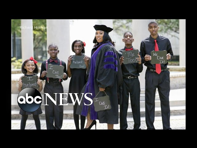 ae6e0536e9e Once Homeless Single Mom Graduates from Law School