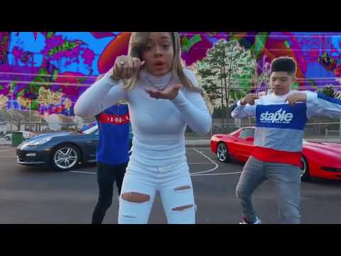 Miss Mulatto - Ft. 2 Crucial - Cash Walk (Official Video)