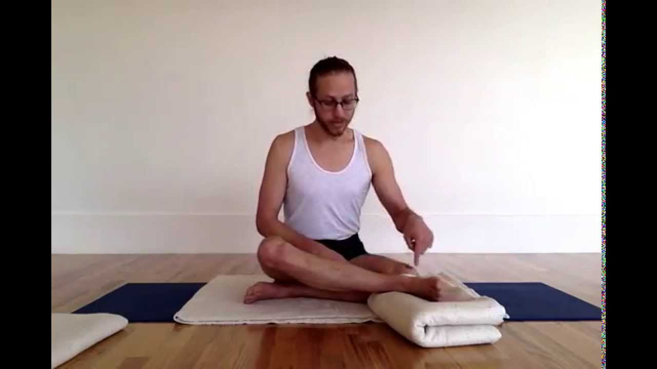 Imiya Padmasana Lotus Pose Sequence Youtube