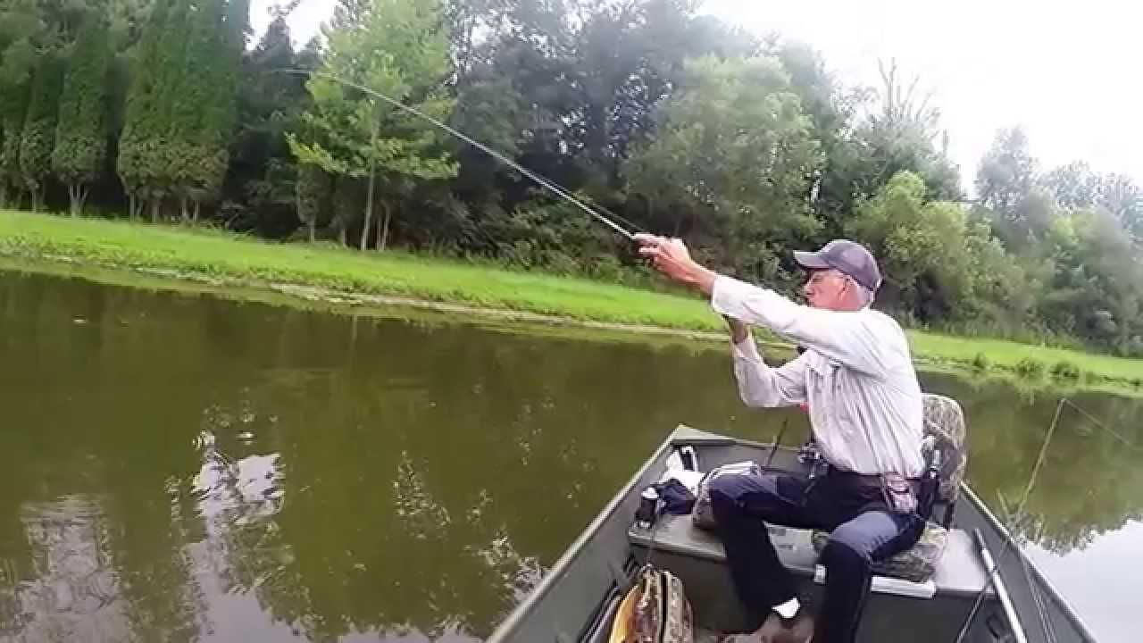 Kentucky pond fishing big bass youtube for Kentucky out of state fishing license