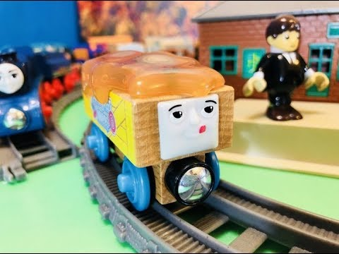 Fisher Price Wooden Thomas And Friends In Motion Sodor Sweet Shoppe 03198