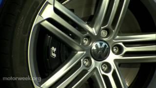 Volkswagen Golf R 2012 Videos