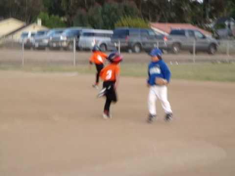 Rayne runs to 2nd base