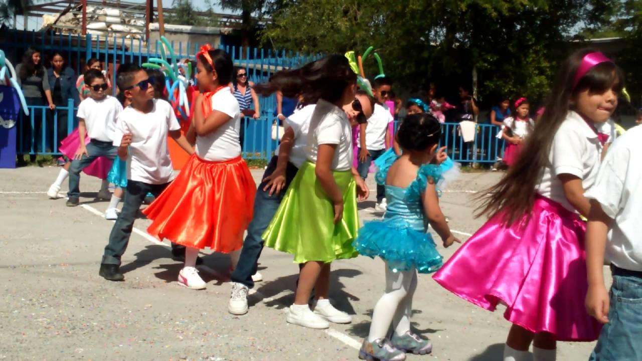 Elliot Picos Baile La Chica Ye Ye