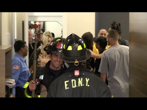 Kylie Jenner, Kendall Jenner, Hailey Baldwin RESCUED by the NYFD while stuck in their Elevator