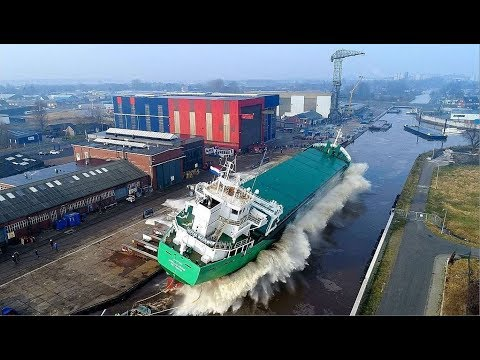 Drone View Launch of Mv.Arklow Viking bij Royal Bodewes Hoogezand.