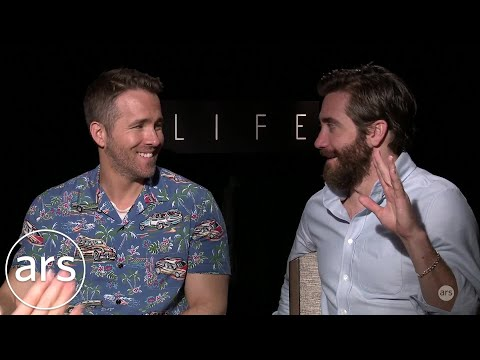 Ryan Reynolds & Jake Gyllenhaal Talk Acting in Low Gravity | Ars Technica