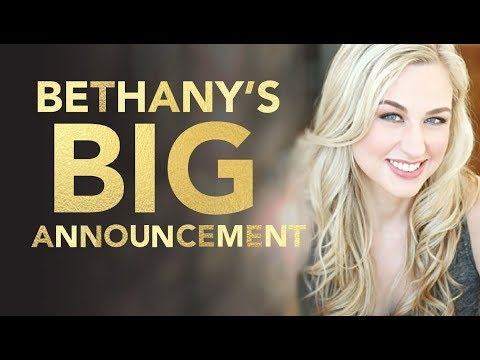 Bethany's Big Announcement | Elvis Duran Daily Highlight