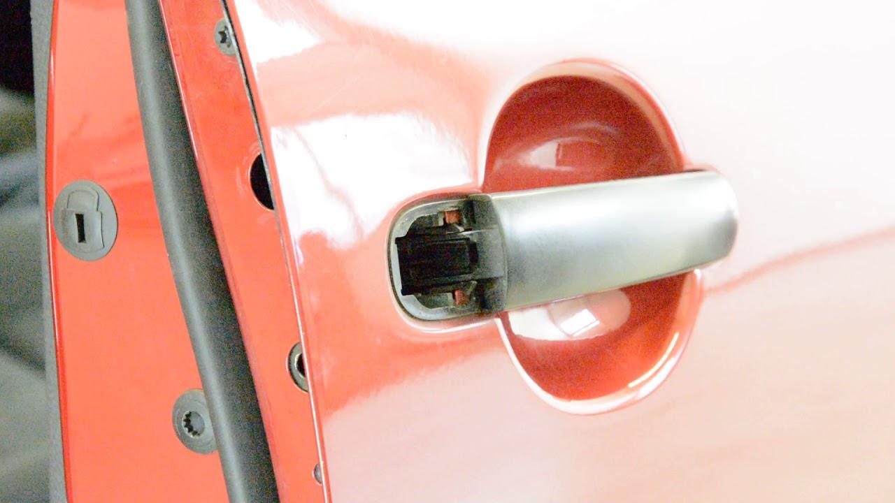 How To Remove The Door Handle Passenger Side Vw Golf Mk5 Youtube