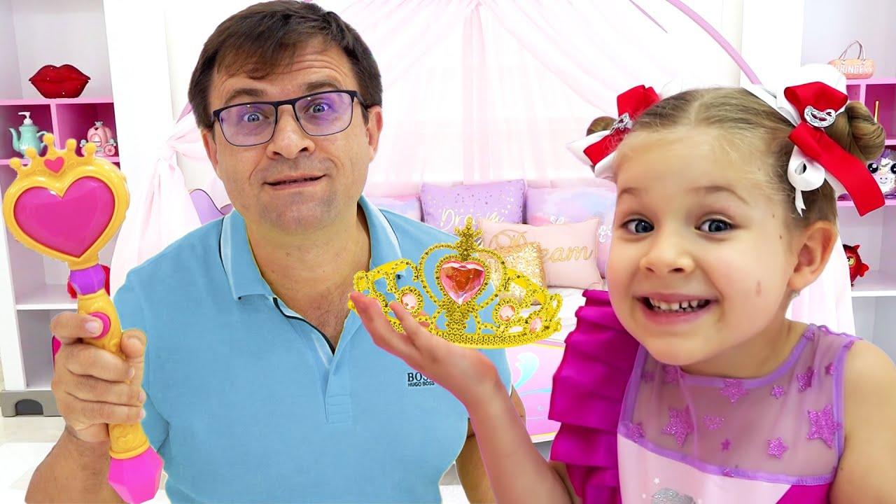 Diana Precisa de um Novo Penteado! O Papai Ajuda a Escolher Novas Joias e Acessórios na Claire's