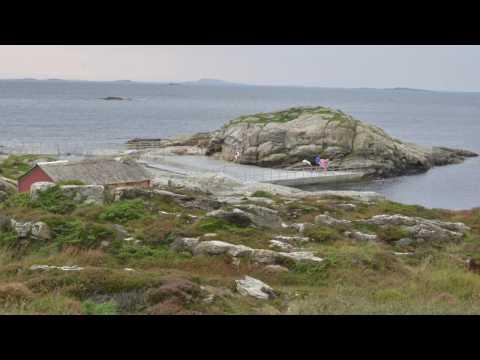 PUBLIC SEA POOL NORWAY