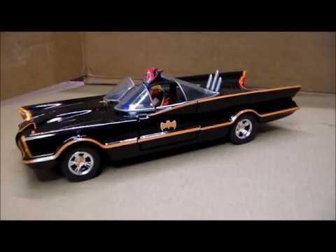 Custom Lighted 1/24th Batmobile