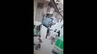 Snatching in broad day light in Pakistan