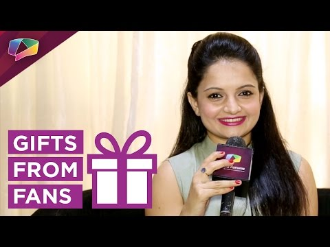 Giaa Manek Receives Birthday Gifts From Her Fans Part-2