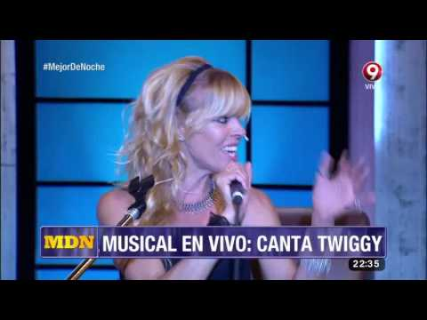Musical en vivo: Canta Twiggy