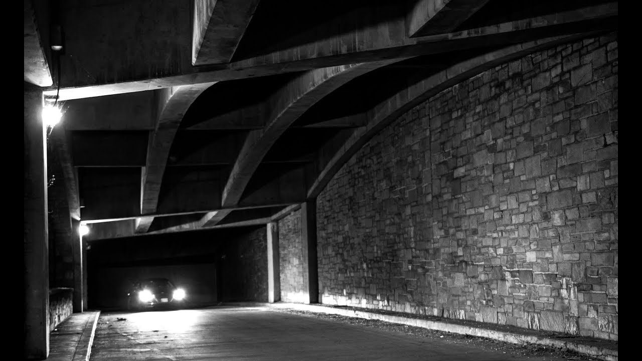 Streetphotography nightphotography blackandwhite