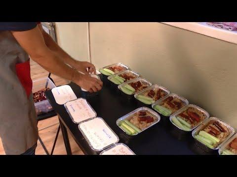 Ретвитни Оброк (Retweet A Meal) - Documentary