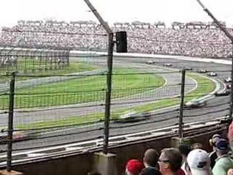 2007 Indy 500 crash