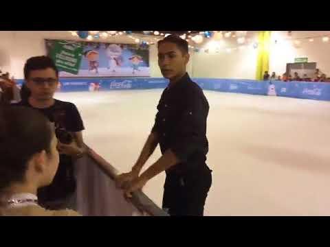 Presentación del seleccionado nació de patinaje sobre hielo Donovan Carrillo