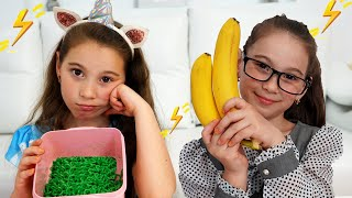 Аня и подружка показывают, как нужно правильно питаться