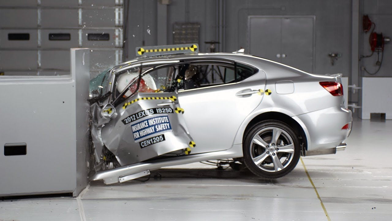 2012 lexus is 250 350 driver side small overlap iihs crash. Black Bedroom Furniture Sets. Home Design Ideas