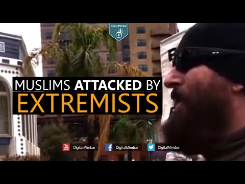 Muslims Attacked by Extremists Outside Mosque