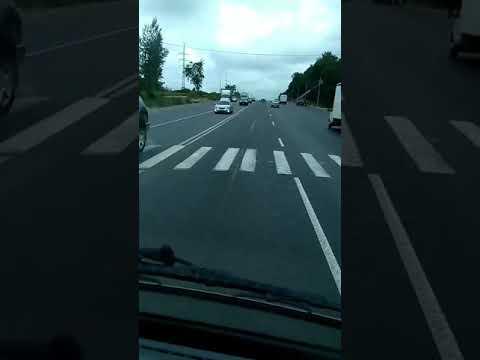 Отбойник посредине полосы. г.Владимир