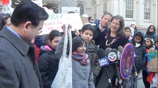 5th Grade Change-Makers Take Action on NYC Bag Bill - #BYObag #trashfreewaters