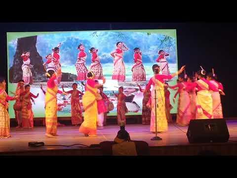 Most Beautiful Bihu Dance....