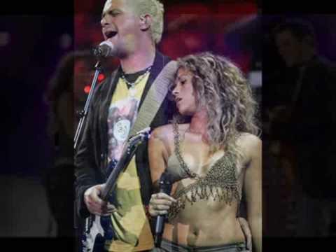Alejandro Sanz & ShakiraAmiga Mia  Subtitled
