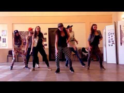 Weronika Otrebska dancehall choreo on Konshens 'Walk n Wine'
