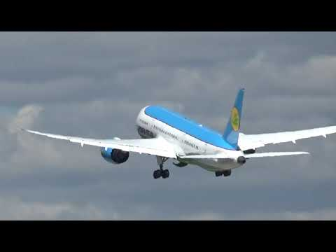 Boeing 787 Dreamliner Uzbekistan Airways Take Off From Moscow