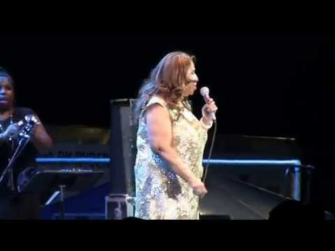 Aretha Franklin Think 1080p  @ Syracuse Jazz Fest July 18, 2015