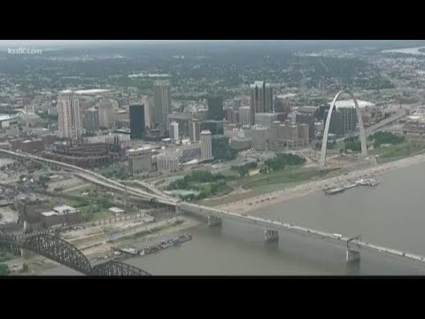 Candidates talk St. Louis city/county merger