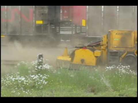 CN track-sweeper stirs up dust in Prince George