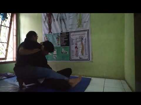 Video pengobatan syaraf kejepit bandung