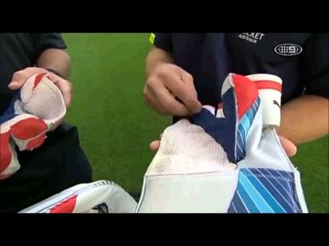 Matthew Wade's Kit Bag - The Cricket Show 2012-13