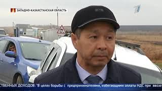 """Сотни большегрузов """"застряли"""" на казахстанско-российской границе."""
