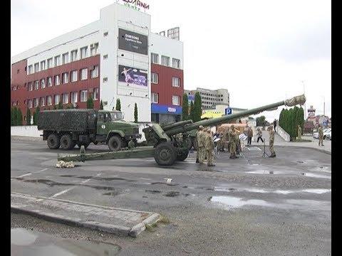 Телеканал ІНТБ: У Тернополі демонстрували військову техніку із зони АТО