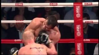 BOKS: Diablo znokautował Czakijewa. Skrót walki