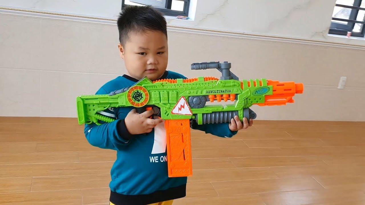 Trò Chơi Bé Pin Nerf Akka #3 ❤ ChiChi ToysReview TV ❤ Đồ Chơi Trẻ Em Baby Doli Fun Song Bài Hát Vần