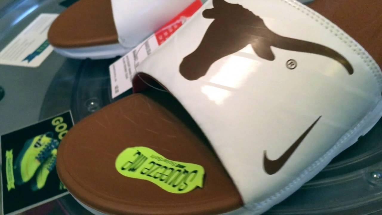 e5d54fa4857d  Nike Benassi Solar Soft Slides - University of Texas Longhorns - 8.21.2016