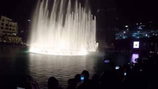 Dubai fountain night show August 2016