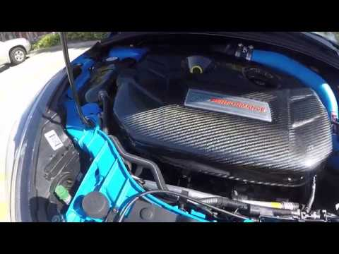 carbon fiber engine cover for the ford focus rs youtube. Black Bedroom Furniture Sets. Home Design Ideas