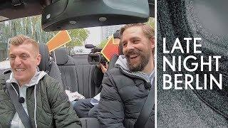Angeben mit Toni Kroos Klaas und der Fußballstar unterwegs  Late Night Berlin  ProSieben